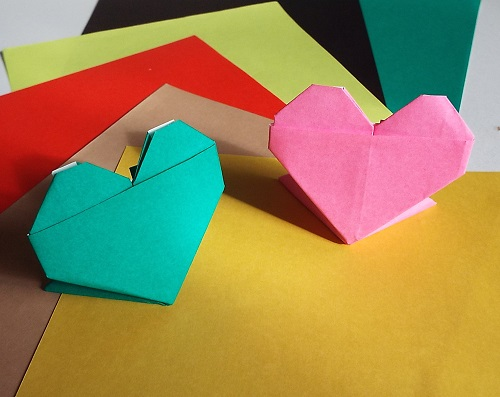Origami Model Heart with Stand